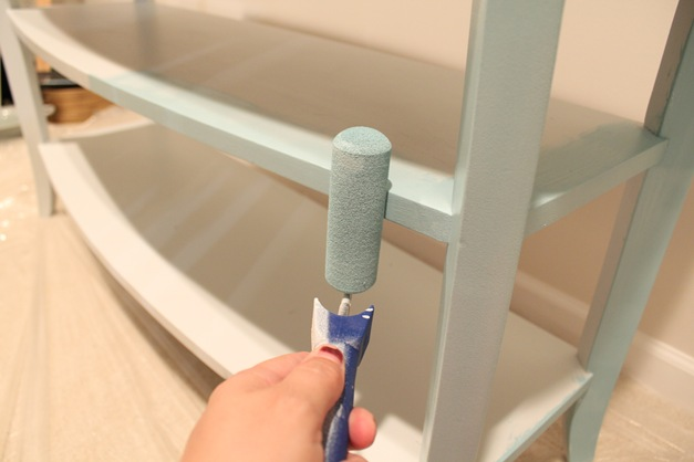 paint furniture with roller