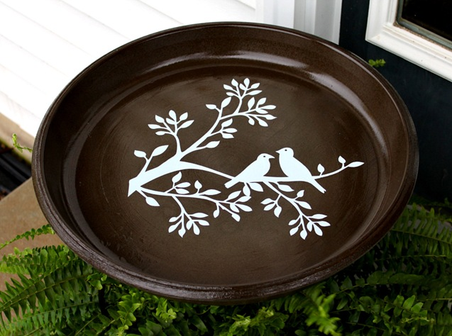 decorative bird bath