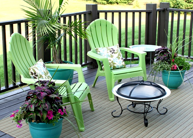 colorful deck furniture